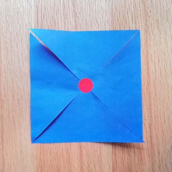 折り紙で風車の作り方2