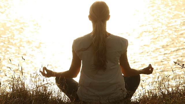妊婦の瞑想ヨガ